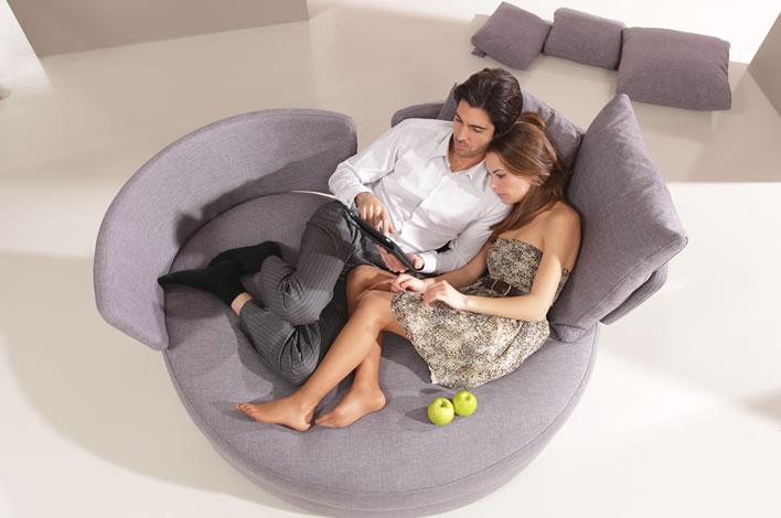 Round sofa modern Montreal