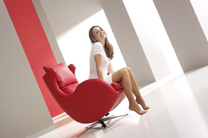 Modern European custom leather armchair Montreal
