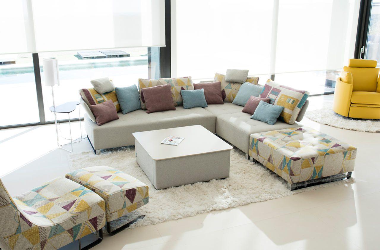 Modern modular sofa Quebec