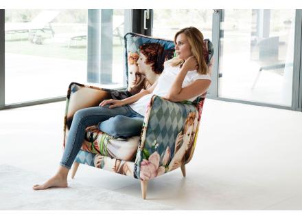 Modern armchair Quebec